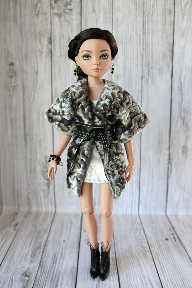 Dressing Up Doll Clothes Sewing Pattern for Cami Antoinette Tonner