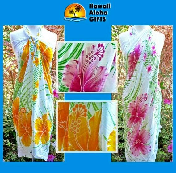 Tropical Print Hibiscus Collection Hawaiian Sarong//Pareo with Fringe