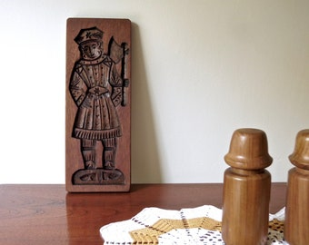 Vintage Spekulatius Large Cookie Gingerbread Man Hand Carved Wooden Mould Baking Cooking circa 1910's
