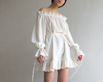 8afe07b50df White peasant dress