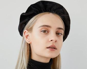 200e6f2cf435b1 Black velvet beret | Etsy
