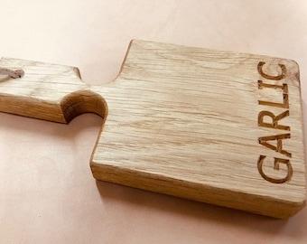 Mini Oak Garlic Chopping Board