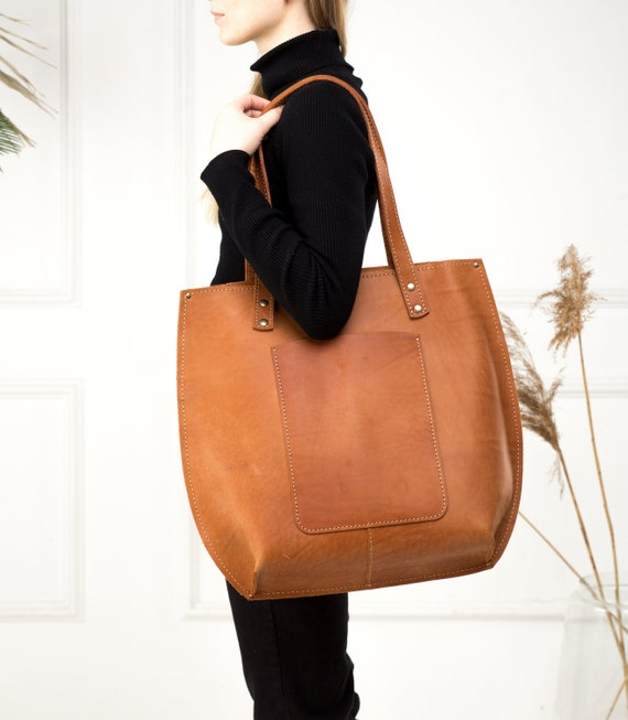 Large leather tote bag womenMinimalist leather tote-bag womenLadies leather tote bagColourful leather tote bag womenLeather shoulder bag