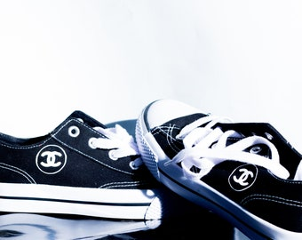 e38ea03fc9a6 cc Chanel Women s canvas shoes goes well with top tee t shirt sweatshirts