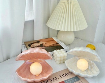 Pearl shell night lamp (White and Pink)