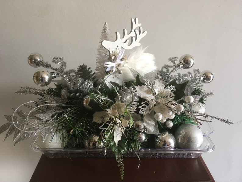 Fine White Reindeer Centerpiece Light Up Centerpiece Christmas Centerpieces Download Free Architecture Designs Boapuretrmadebymaigaardcom