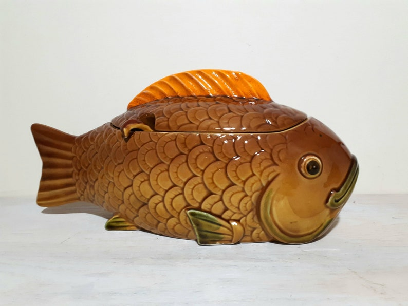Vintage Inarco fish shaped tureen for clam chowder