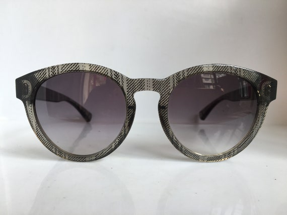VINTAGE keyhole bridge sunglasses