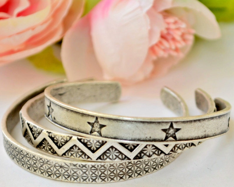 Star Engraved Bangle Afghan Kuchi Bracelet Gypsy Unisex Cuff Indian Feather Bangle Stackable Boho wristlet Twisted  wrap Wire Cuff 31 7