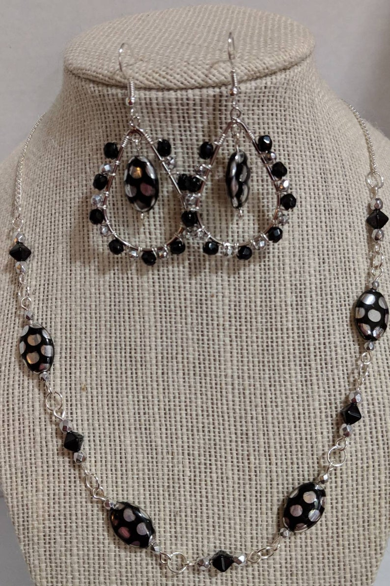 Sister birthday gift Best Friend Gift Black and Silver Jewelry Set Silver Necklace Black and Silver Necklace Bracelet and Earrings Set