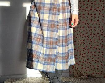 1950s Grey and Black Kilt Skirt Wool size 10 UK 24-26 inch Waist Brand New