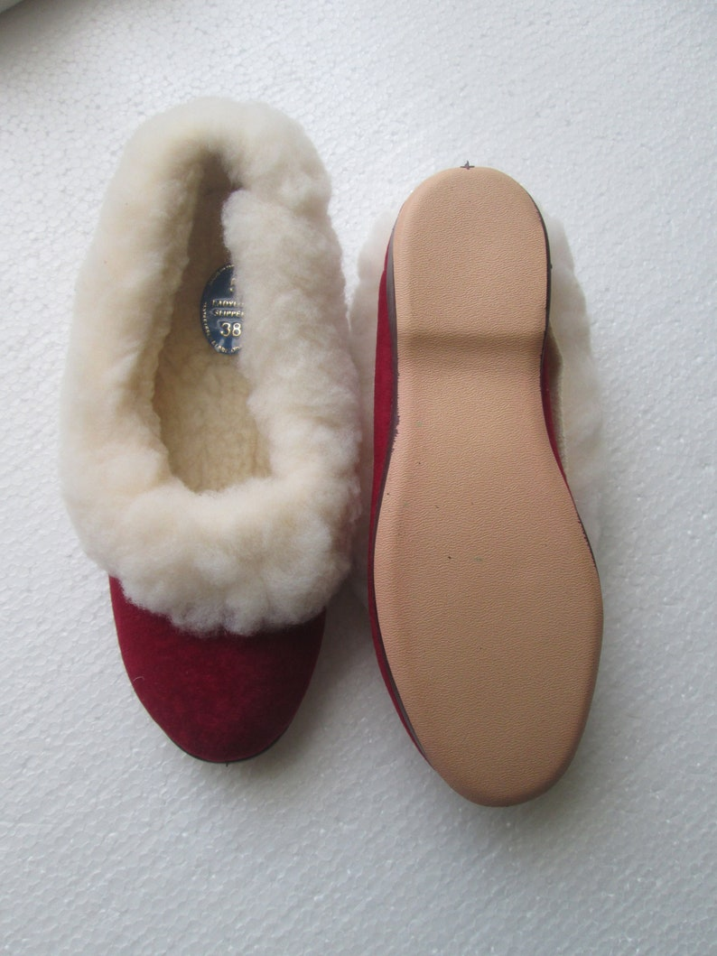 7ae10279f75ab Vintage style full fur collar Slippers size 5 British Made vulcanised  rubber soles