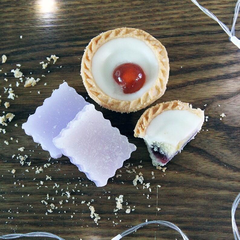Cherry Bakewell Wax Melt