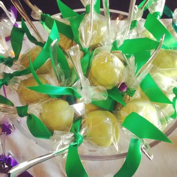 CWAK Apple Martini Cakepops 20 ct.