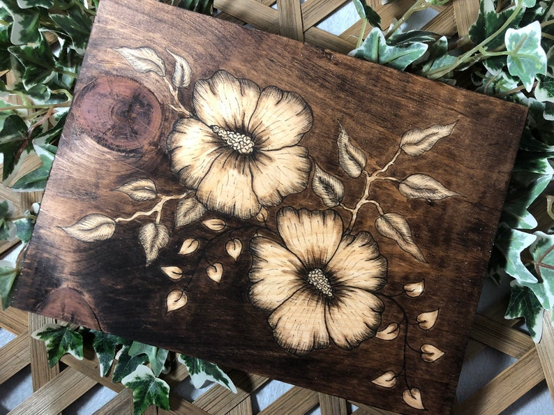 Hibiscus Flower Wood Sign image 0