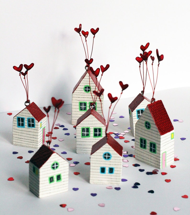 Heart House little house decoration home valentines gift image 0