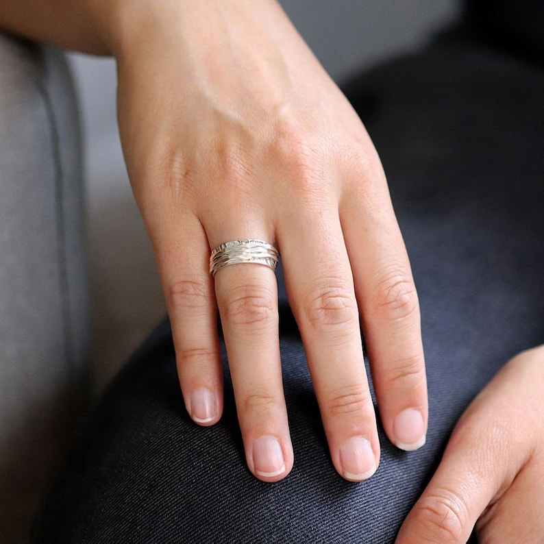 Silver Thumb Ring Sterling Silver Spinner Ring for Women Meditation Ring spinning Worry Ring Fidget ring Simple Hammered spinner Ring