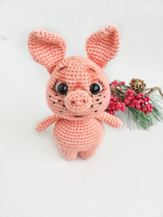 Ravelry: Piglet the Pig pattern by Holly's Hobbies | 760x570