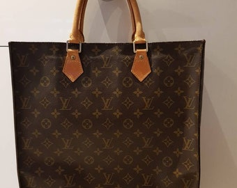 00203f06fb Authentic Louis Vuitton sac plat hand bag tote monogram vintage