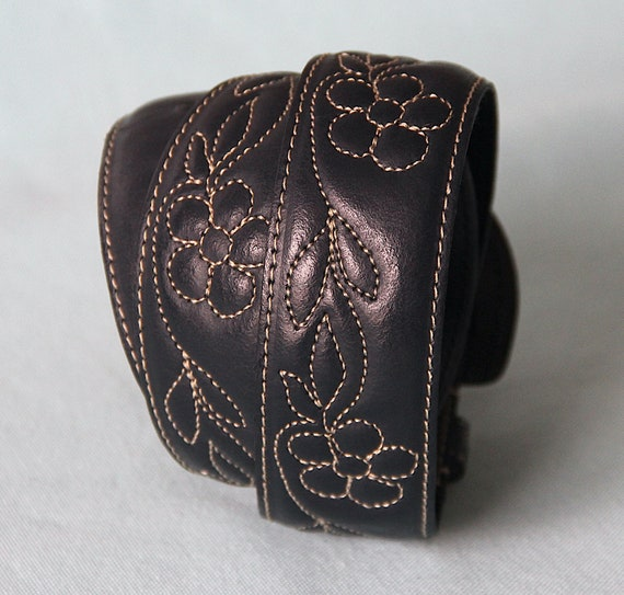 Belt 70's embroidered flowers - image 9