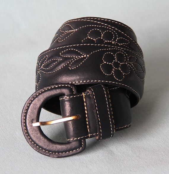 Belt 70's embroidered flowers - image 3