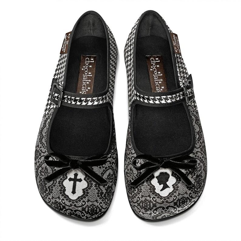 fda06b8d28f7 Hot Chocolate Design Women s Mary Jane Flat Shoes