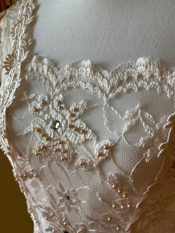 Soft and Romantic Gunne Sax Lace Overlay