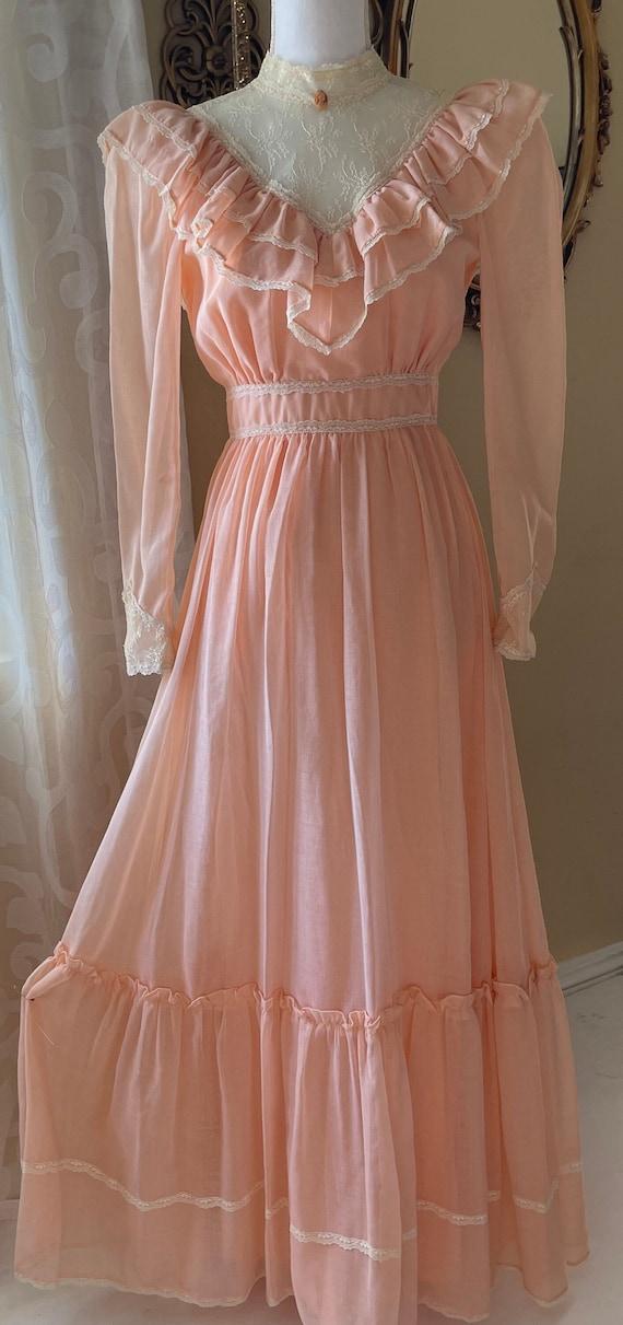 Vintage Candi Jones Ruffled Dress