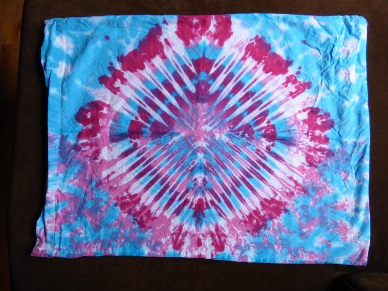 4a84bfb484b91 Tie-Dye Pillow Cases!
