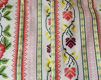 PDF Russian Russian ornaments Slavic weaving and embroidery patterns Book 1 Textiles Traditional ornament tutorial