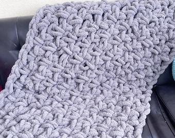 Chunky throw, chunky blanket, heavy blanket, throw blanket, chunky knit blanket, giant knit blanket, knit throw blanket, chunky crochet