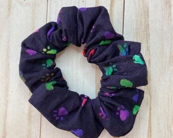 Puppy Print Scrunchie, Dog scrunchie, hair scrunchie, scrunchie, hair tie, scrunchie for hair, dog lover gift, 80s scrunchie, 90s scrunchie