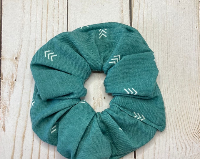 Featured listing image: Turquoise Scrunchie, Arrows scrunchie, hair scrunchie, scrunchie, hair tie, scrunchie for hair, 80s scrunchie, 90s scrunchie, girl gift,