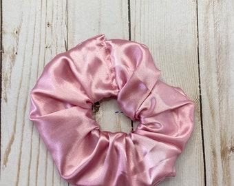 Pink Scrunchie, Satin scrunchie, hair scrunchie, scrunchie, hair tie, scrunchie for hair, 80s scrunchie, 90s scrunchie, girl gift, silky