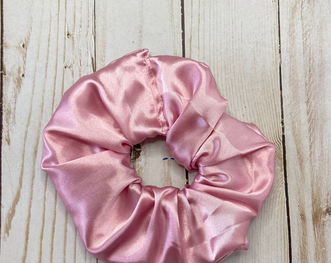 Featured listing image: Pink Scrunchie, Satin scrunchie, hair scrunchie, scrunchie, hair tie, scrunchie for hair, 80s scrunchie, 90s scrunchie, girl gift, silky