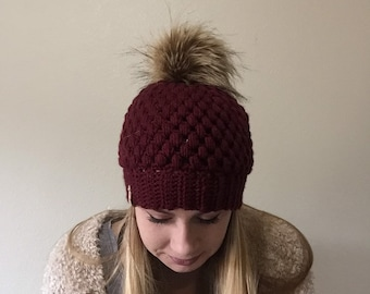 Maroon Women's Beanie with Faux Fur PomPom, fur pom beanie, crochet beanie, women's beanie, ladies knit beanie, gifts for her, women's hat