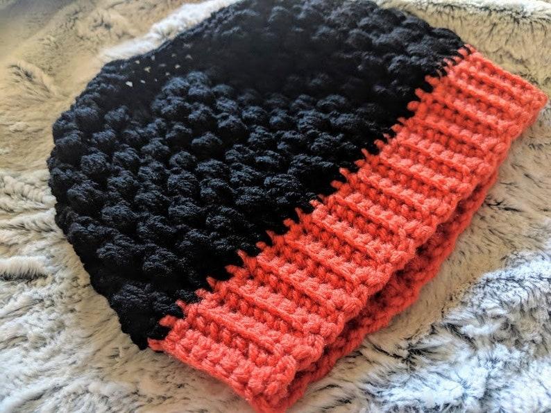 Halloween hat Halloween crochet Crochet hat Bun beanie Crochet beanie Ponytail beanie Messy bun Puff stitch
