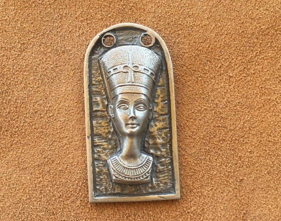 Dollhouse Miniature Unfinished Metal Nefertiti Bust