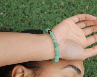 Green Aventurine Beads Bracelet 6mm or 8mm matte or glossy w/ brass knot cover
