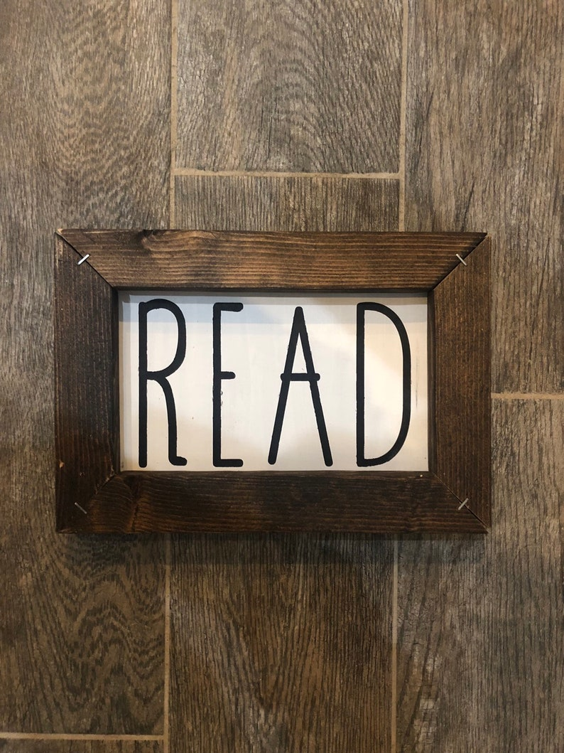 Read / Wood Sign