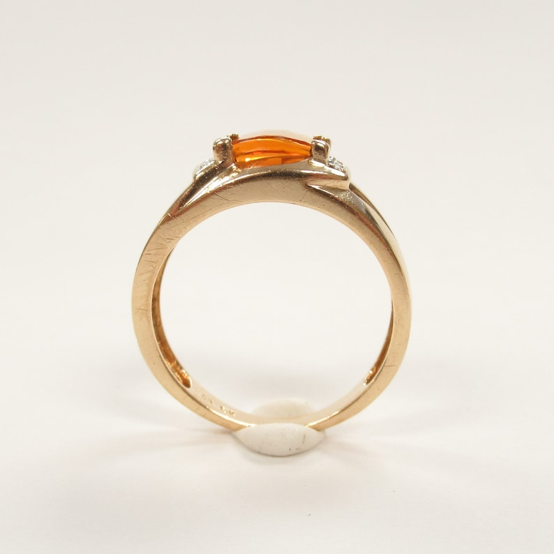 10k 417 gold ring band with natural citrine stone and .01 ctw in diamonds 4.2 grams size 9.25