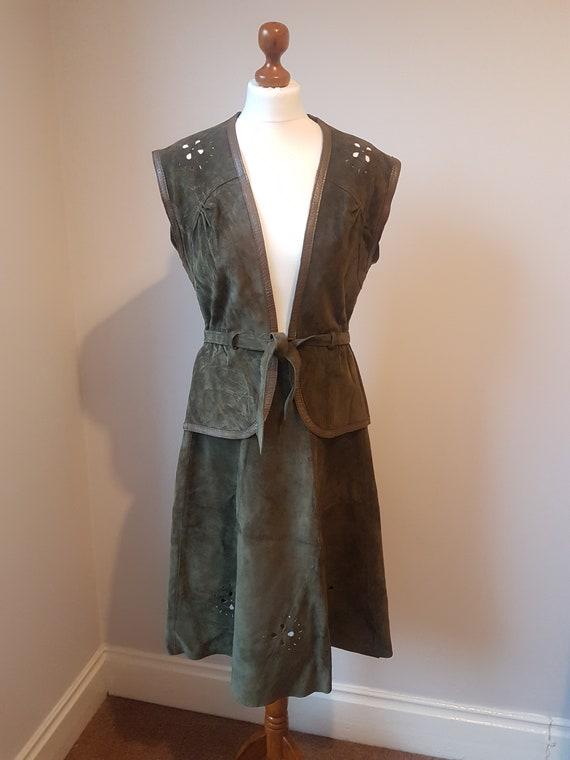 Vintage 70's Olive Green Leather Suede Cut Out Det