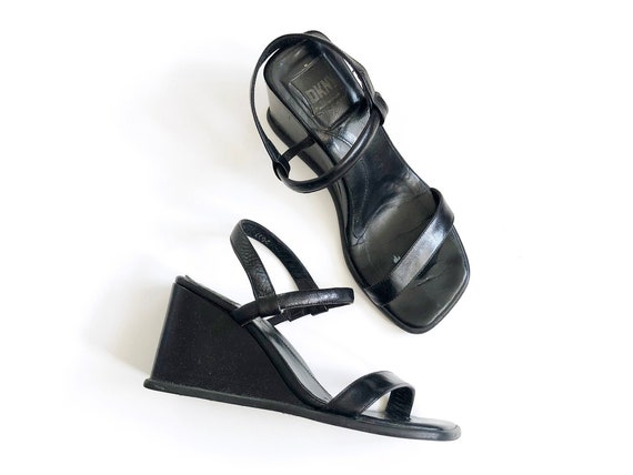 Vitg 90s 00s Y2K DKNY Square Toe Black Wedge Heel Leather Sandals Minimalist Prada MNZ Size 6