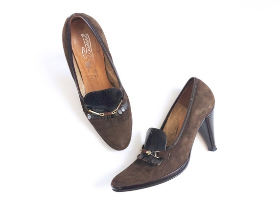 Vtg Brown Suede Pumps Loafers Shoes Horsebit Kilti