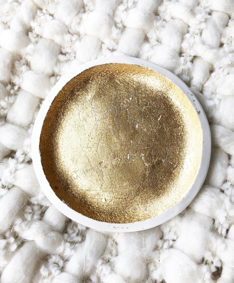 Medium Gold Leaf Ring Dish Trinket Dish Wedding Engagement Jewelry Active Gift For Her Styling Prop