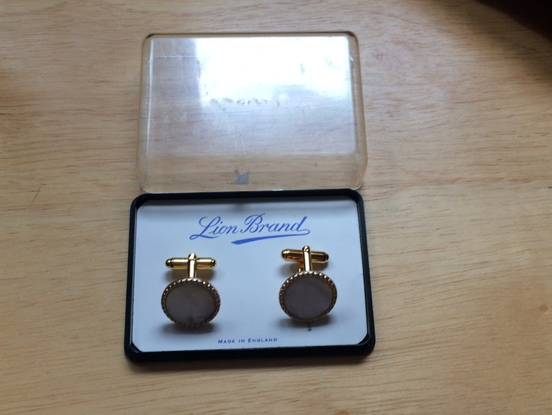 Cuff links by Lion BrandMother of Pearl Gold-Tone Never Used Cuff-LinksMan Giftcollectors SetVintage Gift