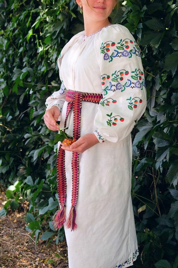 Antique STRAWBERRY dress! Extra white antique cott