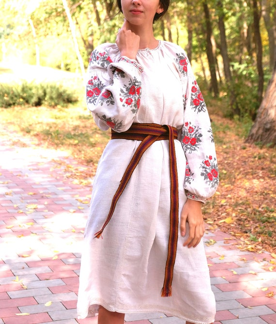 Ukrainian dress! Embroidered Ukrainian vintage dre