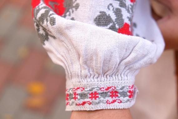 Ukrainian dress! Embroidered Ukrainian vintage dr… - image 7