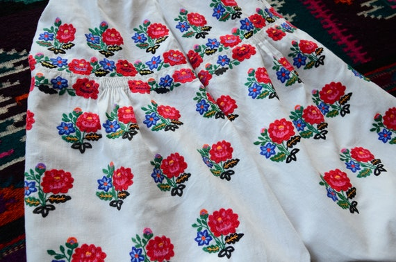 Lovely antique dress Lovely embroidery Bright colo